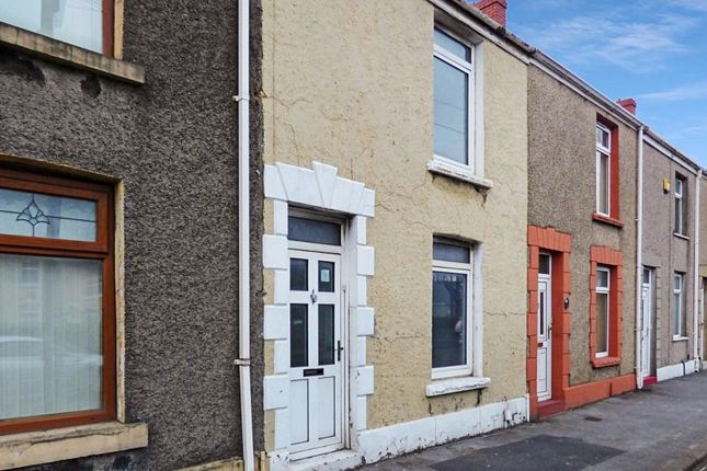 3 bed terraced house to rent in Fabian Way, Port Tennant, Swansea SA1