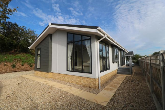 Thumbnail Mobile/park home for sale in Aston Court Park Homes, Aston-On-Carrant, Tewkesbury
