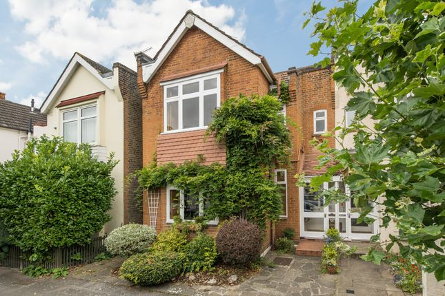 3 bed semi-detached house for sale in Southdown Road, London