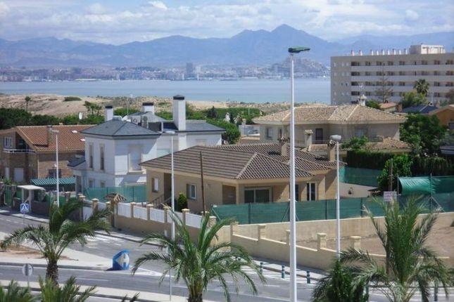 2 bed bungalow for sale in Arenales Del Sol, Alicante, Spain