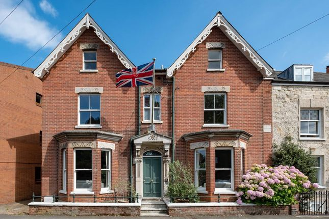 Thumbnail Town house for sale in Union Road, Cowes
