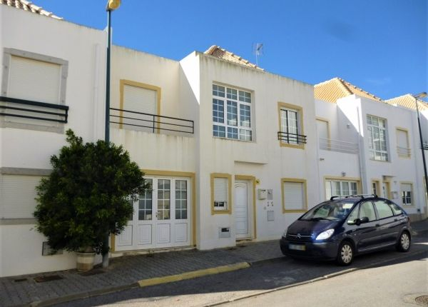 3 bed town house for sale in Vila Nova De Cacela, Portugal