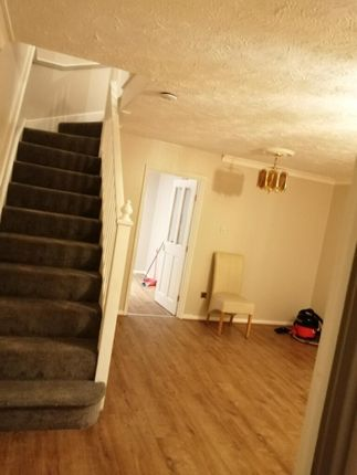Thumbnail Semi-detached house to rent in Mariners Walk, Erith