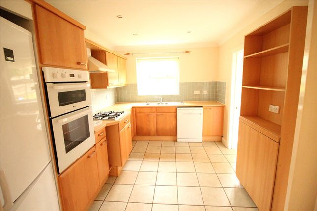 Thumbnail Detached house to rent in Aberaman, Emmer Green, Reading, Berkshire