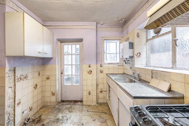 Kitchen of Gleneagle Road, London SW16