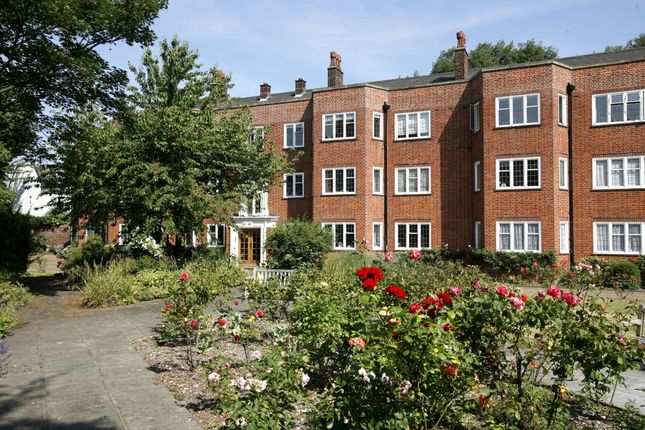 2 bed flat to rent in Little Green, Richmond