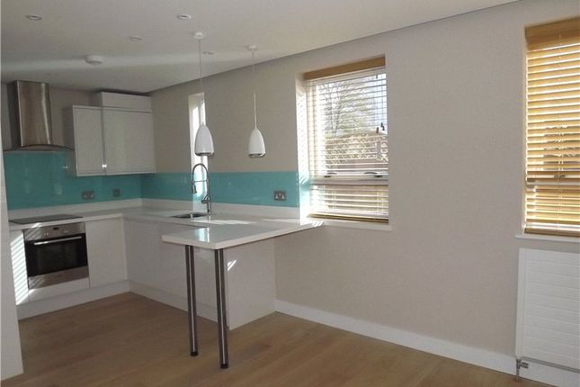 Thumbnail Flat to rent in The Ice House, Dean Street, Marlow, Buckinghamshire