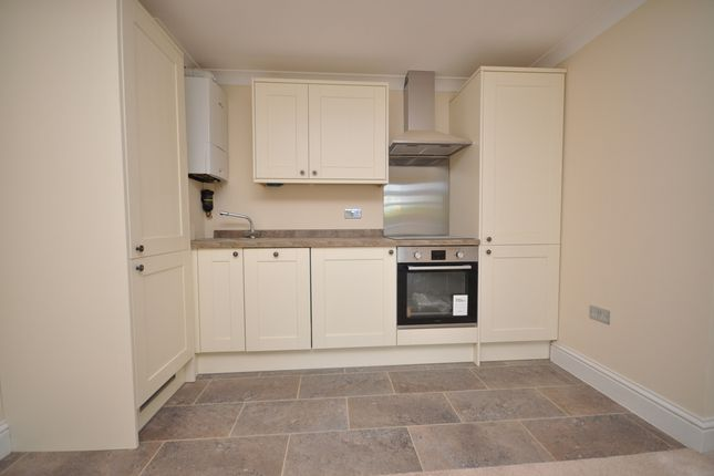 Thumbnail Flat to rent in Forest Fold Cottages, London Road, Crowborough