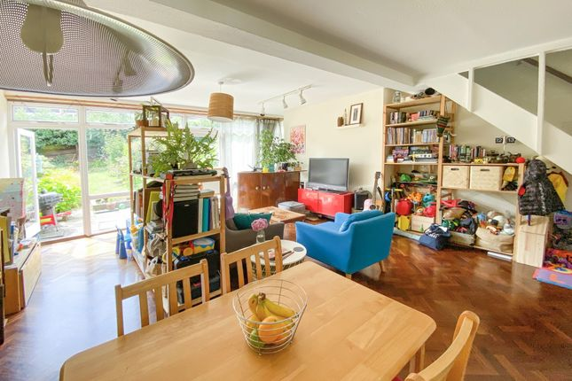 Thumbnail Terraced house for sale in London Road, London