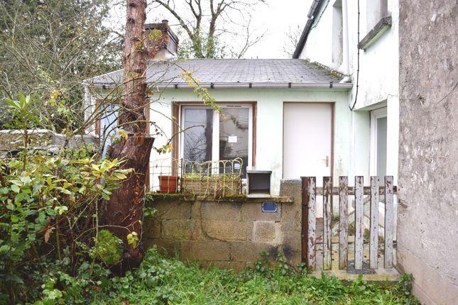 Thumbnail Semi-detached house for sale in 29520 Saint-Goazec, Finistère, Brittany, France