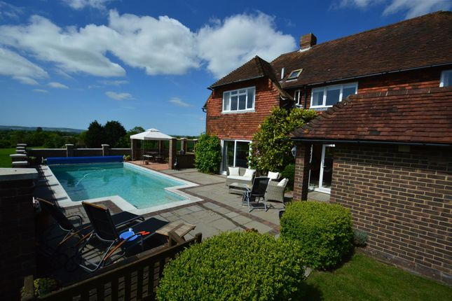 Thumbnail Detached house for sale in Gun Hill, Heathfield