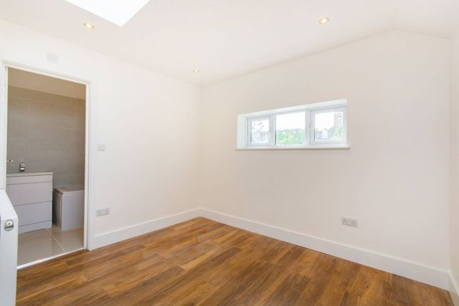 Thumbnail Terraced house for sale in Forest Hill Road, East Dulwich