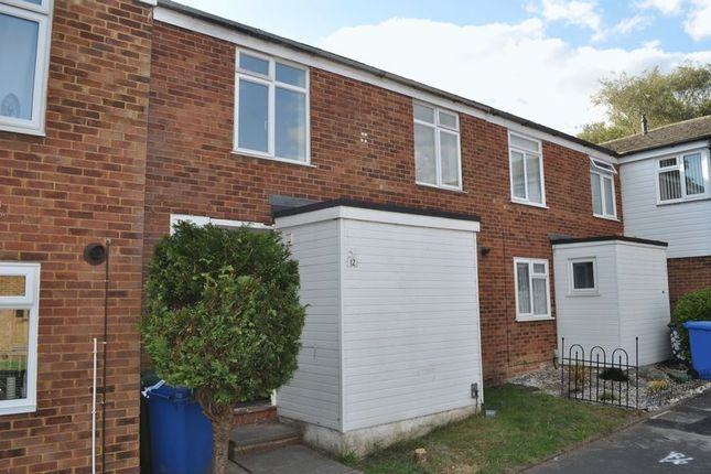 Thumbnail Terraced house to rent in Underwood, Bracknell