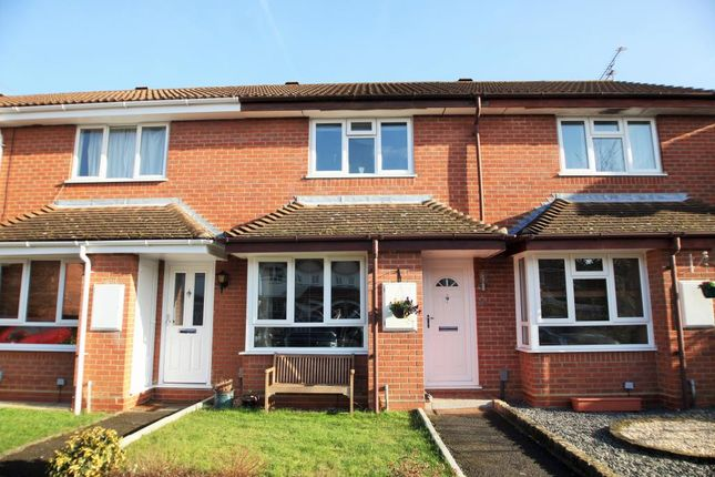 2 bed terraced house to rent in Victor Way, Woodley, Reading, Berkshire RG5