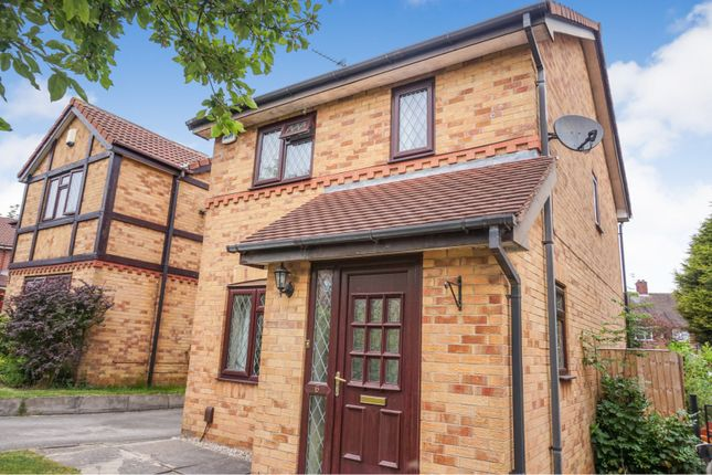 Thumbnail Detached house for sale in Avocet Garth, Leeds
