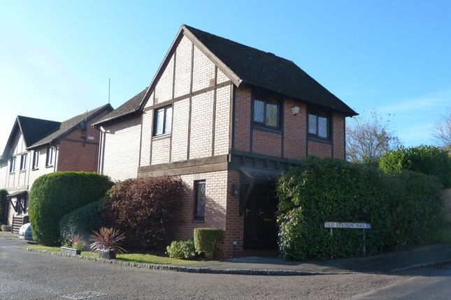 Thumbnail Property for sale in Old Station Way, Wooburn Green, High Wycombe