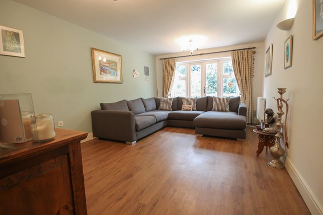 Thumbnail Detached house for sale in Spruce Place, East Grinstead