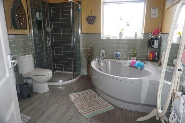 Bathroom of Spring Bank West, Hull HU3