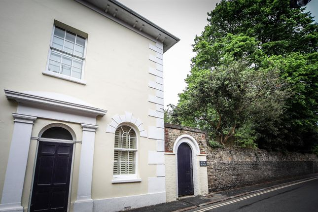 Thumbnail Property to rent in Angel Street, Petworth, West Sussex
