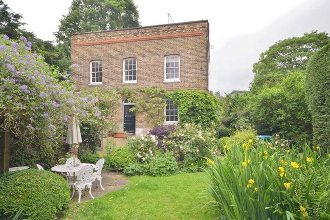 4 bed semi-detached house for sale in Upper Richmond Road, London