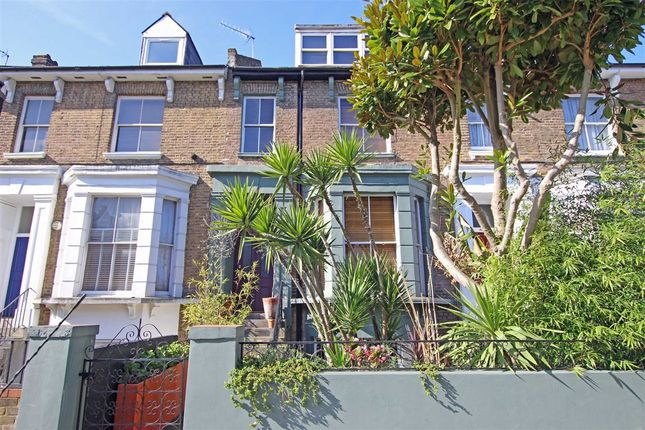 Thumbnail Flat to rent in Devonport Road, London