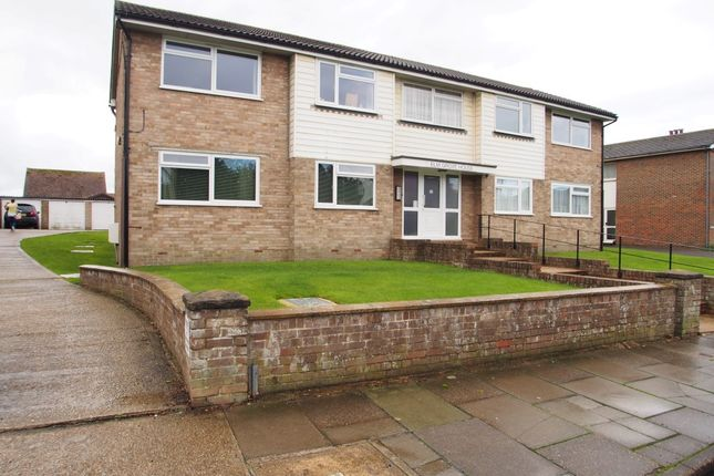 Thumbnail Flat to rent in Elm Grove, Lancing
