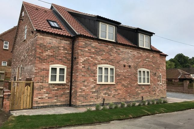 Thumbnail Cottage to rent in Church Lane, Bottesford, Nottingham