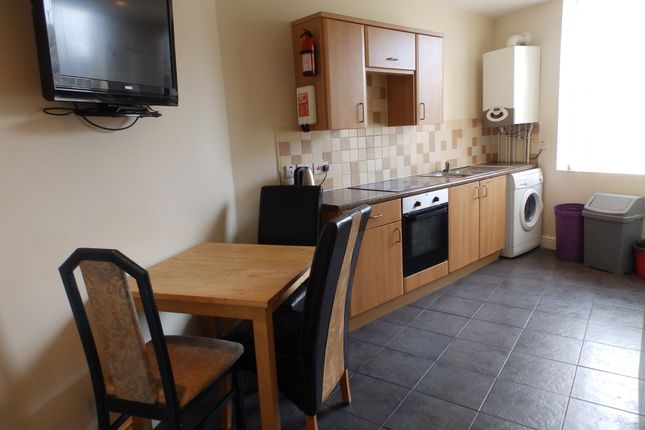 Thumbnail Duplex to rent in Coed Saeson Crescent, Swansea