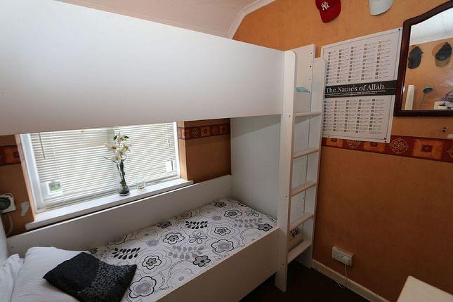Bedroom 3 of Becontree Avenue, Romford, Essex RM8