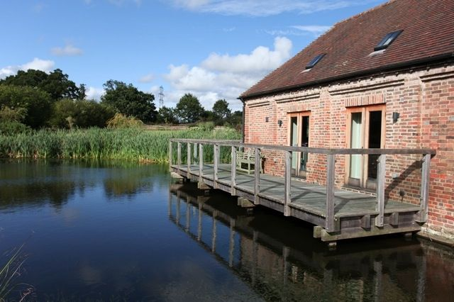 Thumbnail Barn conversion to rent in Whytings Farm, Sedgwick Lane, Horsham, West Sussex