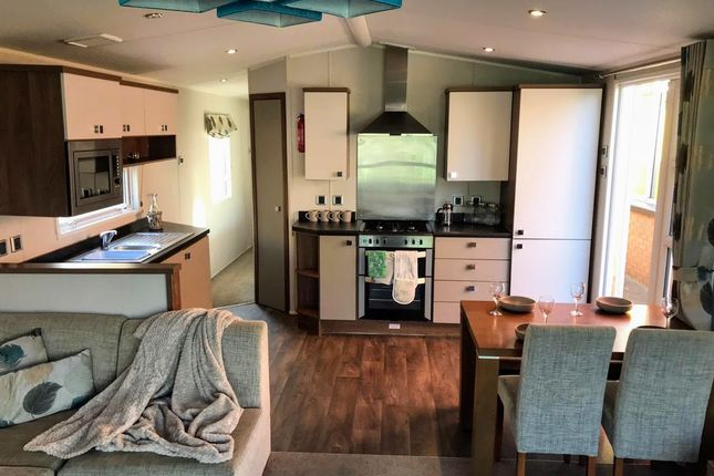 Thumbnail Mobile/park home for sale in Mill Road, Burgh Castle, Great Yarmouth
