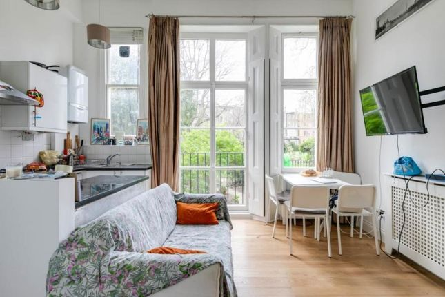 Thumbnail Flat to rent in Warwick Road, Earls Court, London