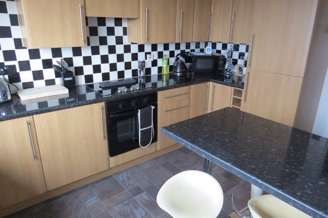 Thumbnail Flat to rent in Queen Street, Peterhead, Aberdeenshire