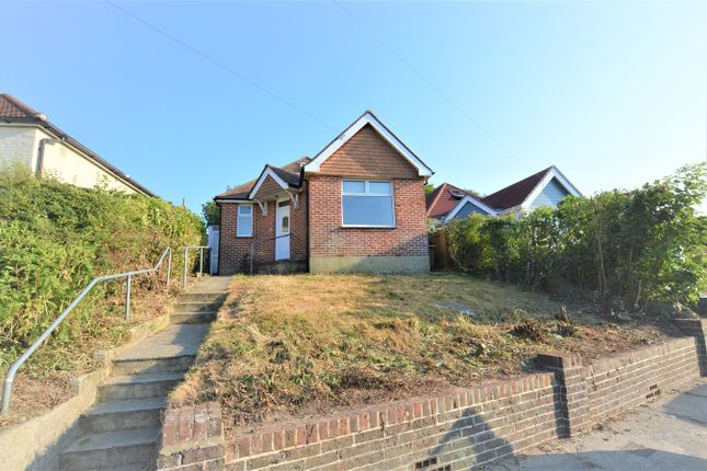 Thumbnail Detached bungalow to rent in Park Crescent, Hastings