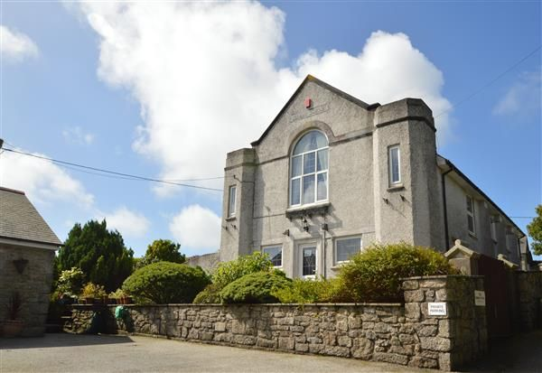 Thumbnail Detached house for sale in Halvasso, Penryn