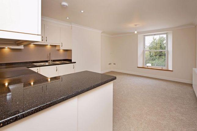 Thumbnail Flat for sale in Marsland Court, Dawlish Road, Devon
