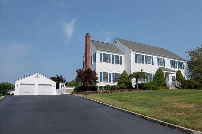 4 bed property for sale in Mt  Sinai, Long Island, 11766