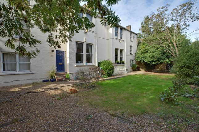 Picture No. 22 of Kidbrooke Park Road, Blackheath, London SE3
