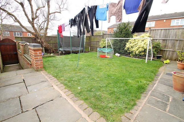 Garden of Wymondham Close, Arnold, Notttingham NG5