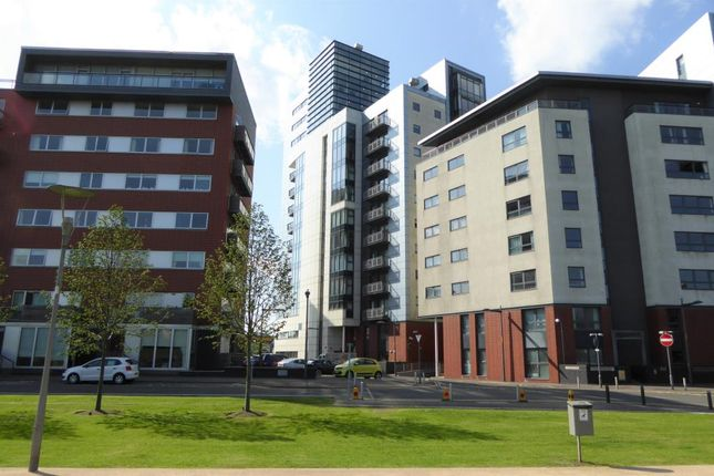 Thumbnail Flat to rent in 10 Castlebank Drive, Glasgow Harbour, Glasgow