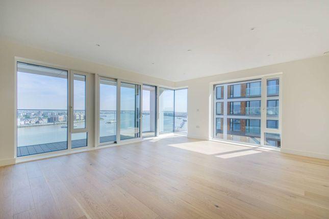 Thumbnail Flat to rent in Deveraux House, Duke Of Wellington Avenue, London