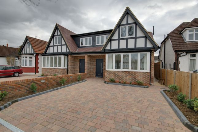 Thumbnail Semi-detached house to rent in Manorway, Enfield