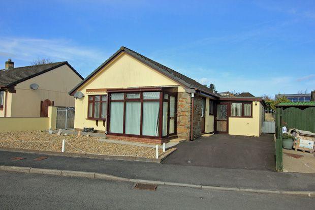 3 bed detached bungalow for sale in Bro Dauddwr, Peniel, Carmarthen, Carmarthenshire