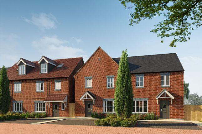 Thumbnail Semi-detached house for sale in Upper Bourne End Lane, Hemel Hempstead