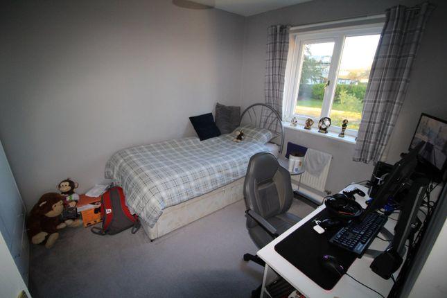 Picture No. 07 of Merlin Grove, Leyland, Lancashire PR25