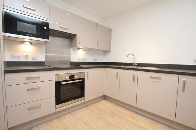 Thumbnail Flat to rent in St. Thomas Place, St. Thomas Street, Redcliffe, Bristol