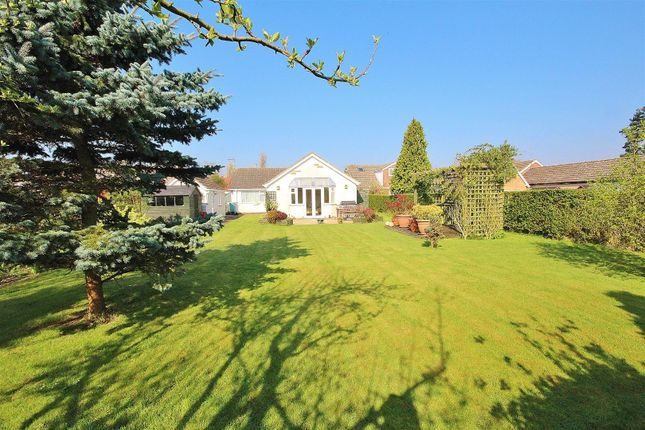 3 bed detached bungalow for sale in Breighton Road, Bubwith, Selby