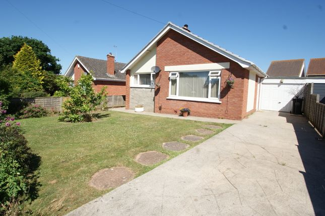 Thumbnail Detached bungalow for sale in Meadow Close, Kingskerswell, Newton Abbot