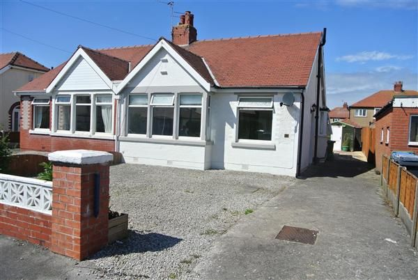 Thumbnail Bungalow for sale in Rutland Avenue, Thornton-Cleveleys