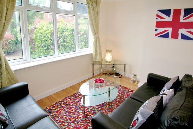 Thumbnail Property to rent in Stonegate Road, Moortown, Leeds